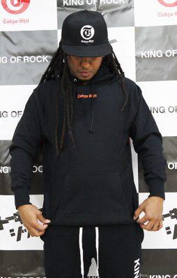 pull-hoodie-black-01